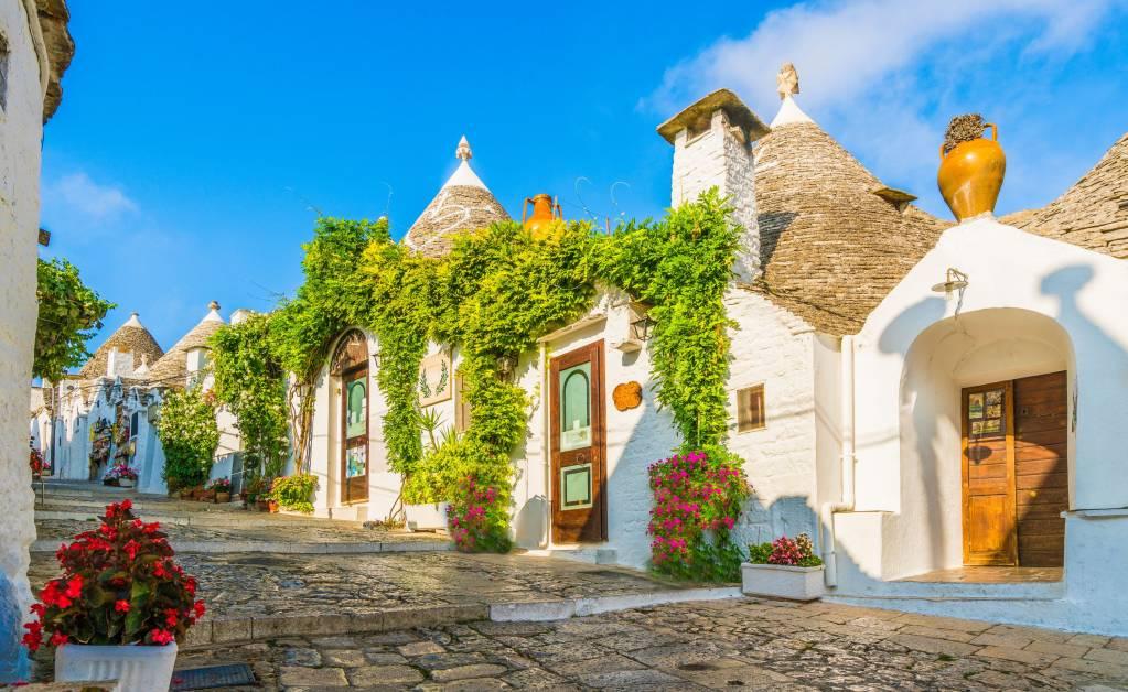Tradycyjne domy Trulli w Alberobello miasta, Apulia, Włochy