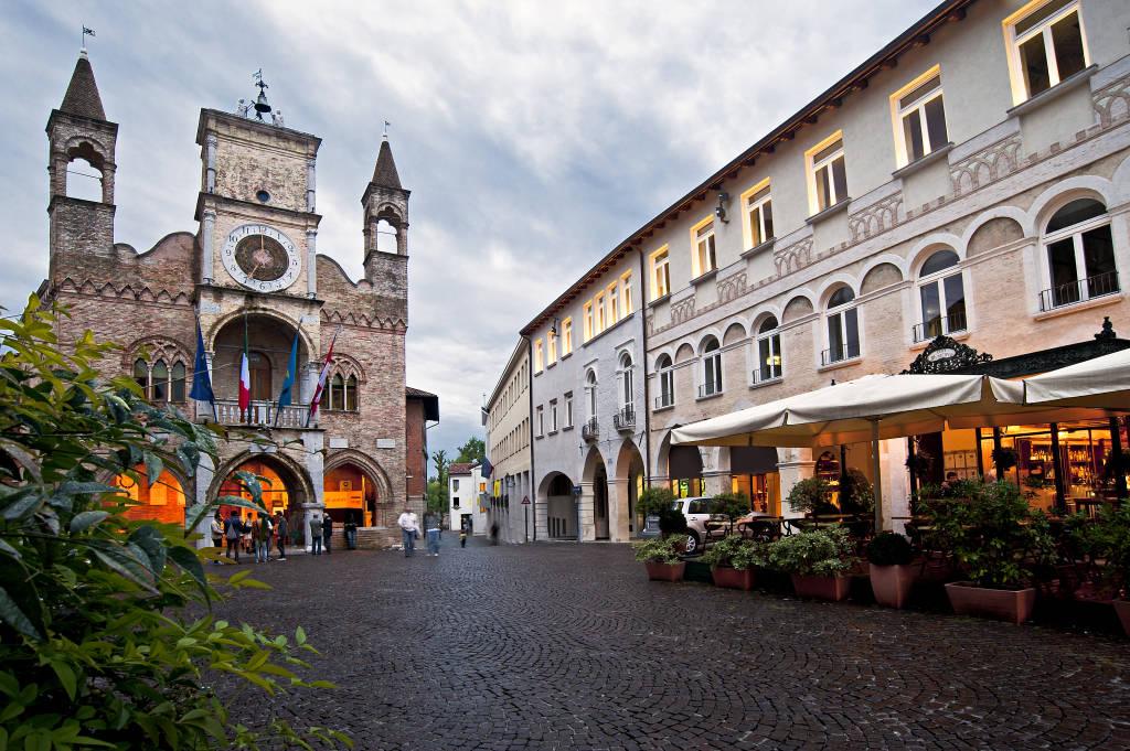 Miejski budynek domu Pordenone, we Włoszech, symbol miasta.