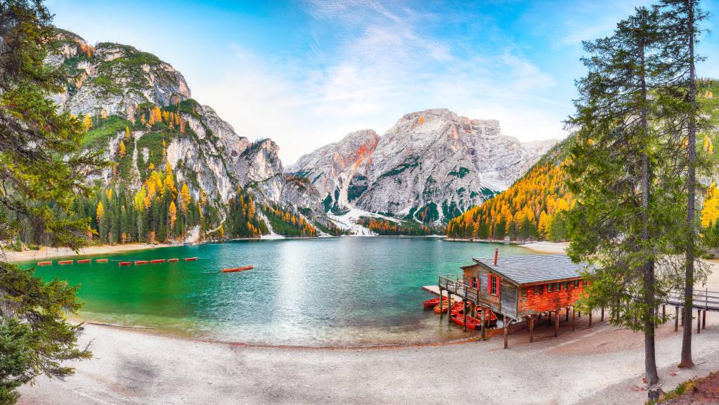 Marvelous scenery of famous alpine lake Braies at autumn. Location:  national park Fanes-Sennes-Braies, region Trentino-Alto Adige , province Bolzano, Italy, Europe