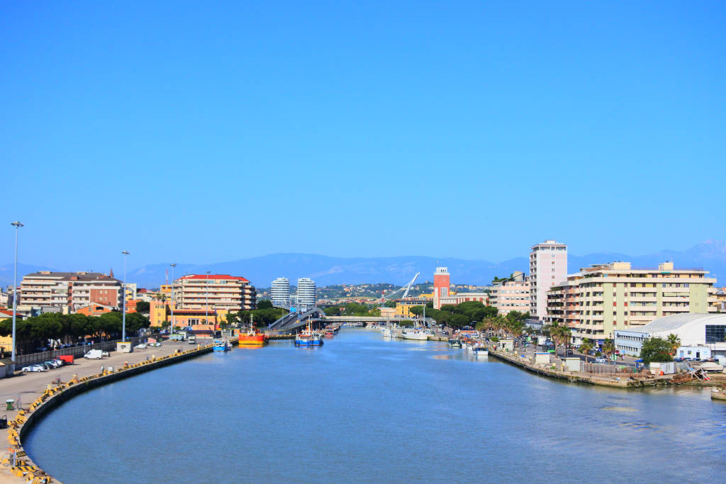 the river to the Adriatic sea in Pescara, Italy