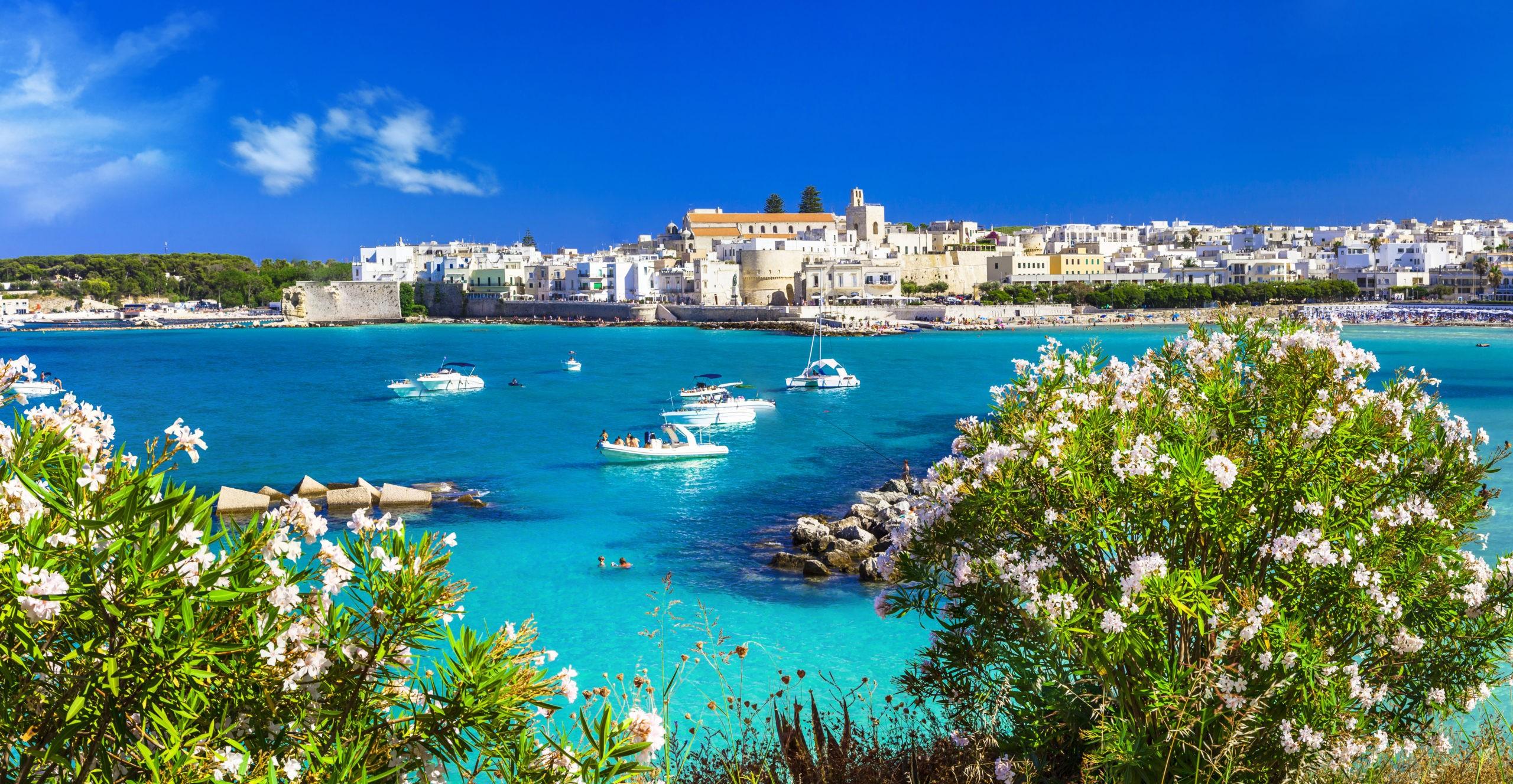 Otranto – co zwiedzić, atrakcje, jak dojechać, noclegi, plaże