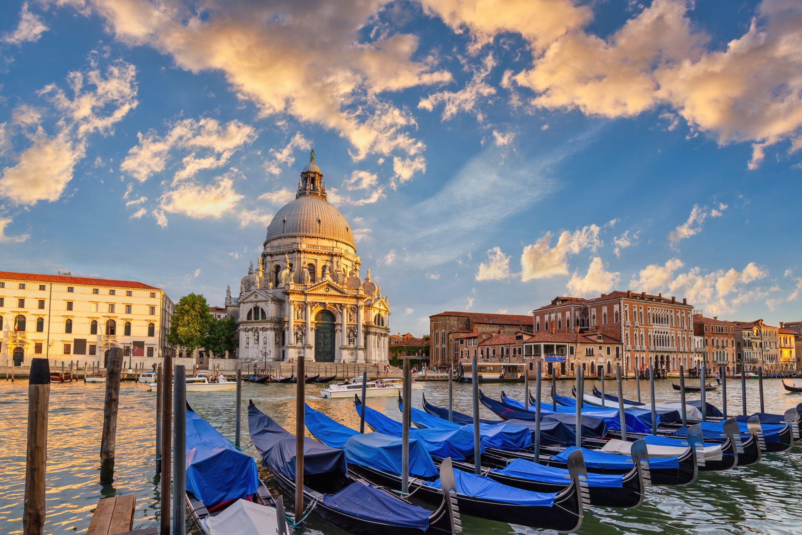 Gondole w Wenecji, ceny - wszystko co powinieneś wiedzieć o wynajęciu gondoli