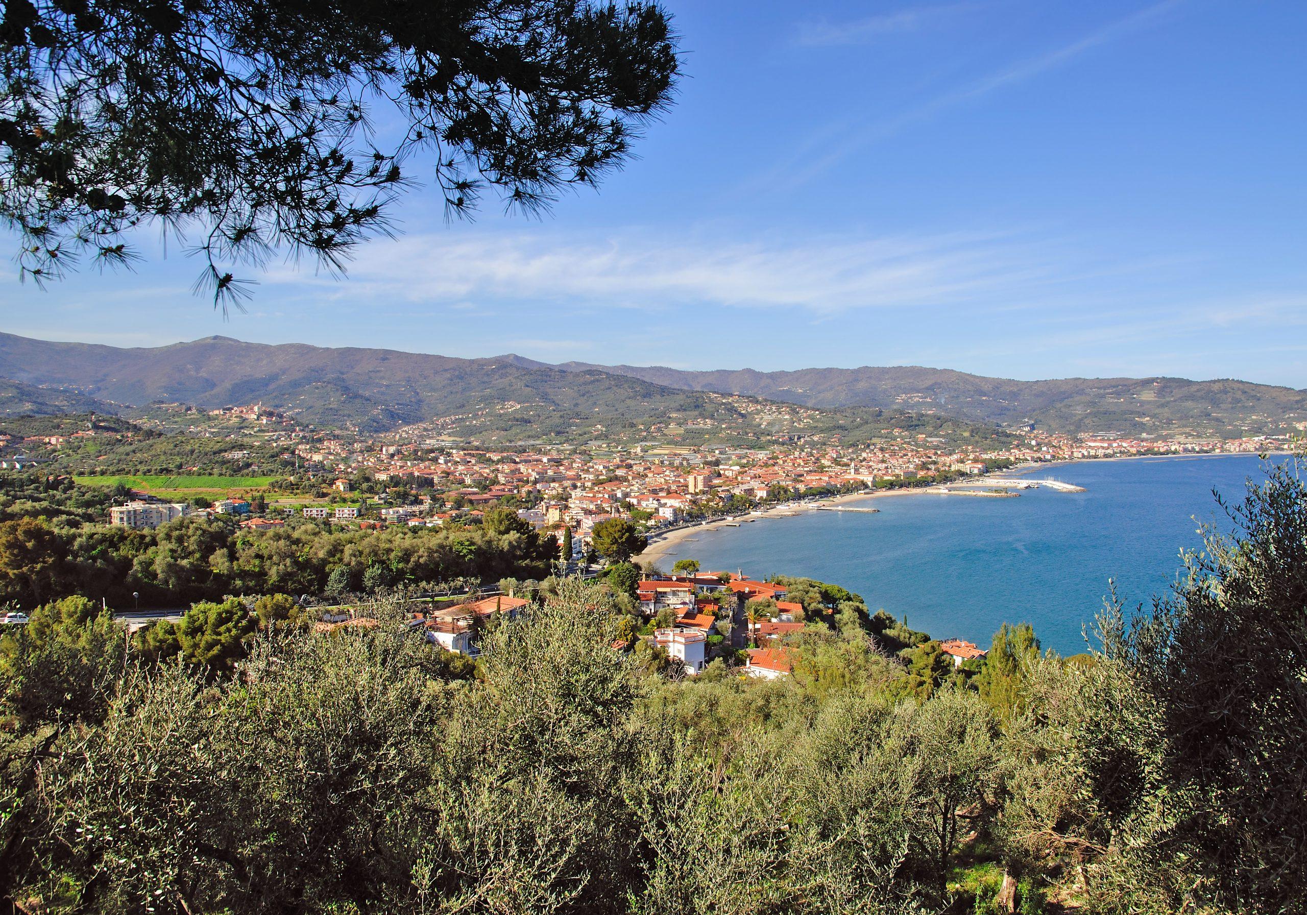 Widok na Diano Marina,Liguria, Włochy, fot. shutterstock.com