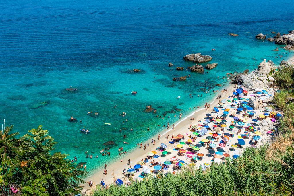 Michelino,Beach,In,Parghelia, Tropea, Kalabria, Włochy, fot. shutterstock.com