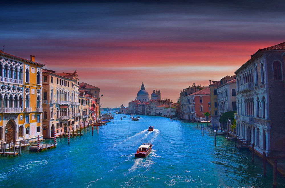 Beautiful romantic sunset in Venezia