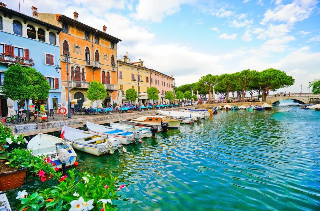 Desenzano,Del,Garda,,Italy, ,September,6,,2016,:,View