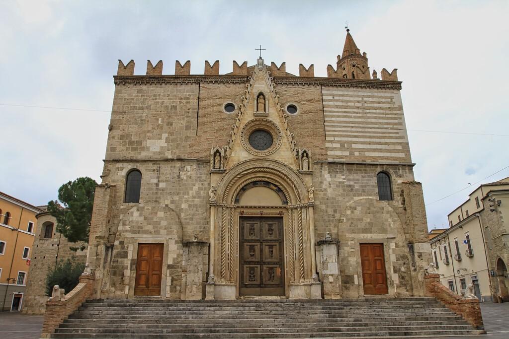 The,Teramo,Cathedral,,Cattedrale,Di,Santa,Maria,Assunta,,Teramo,,Abruzzo,