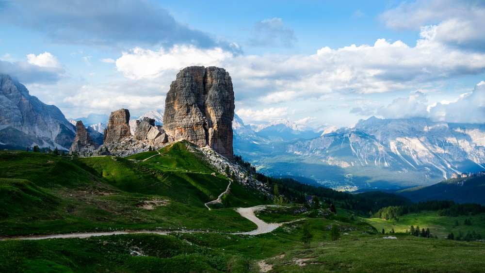 Cinque Torri w Dolomitach, Włochy, fot. shutterstock.com