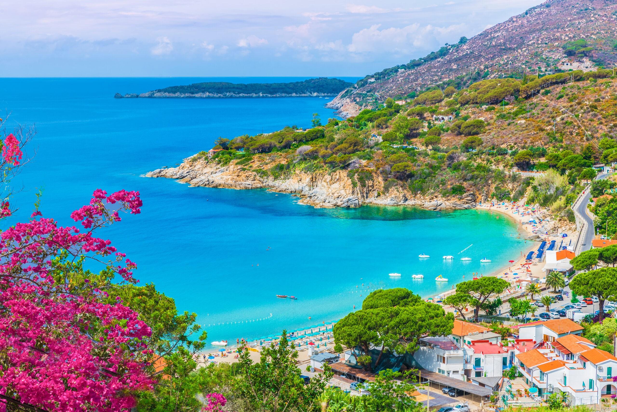 Widok na plażę Cavoli, Elba, piękne wyspy Wloch