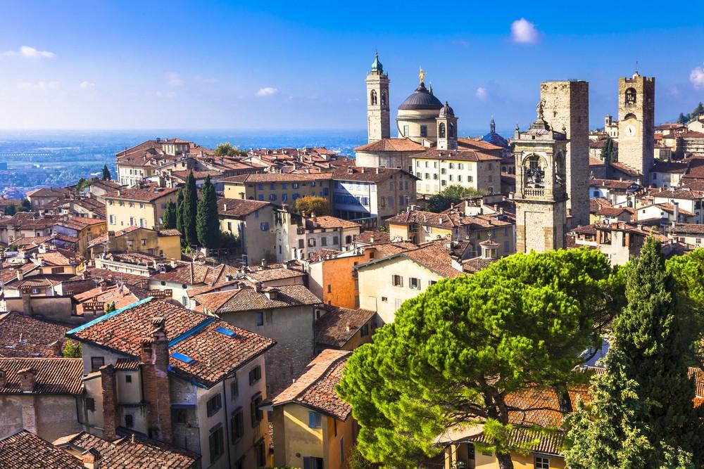 Piękne średniowieczne miasto Bergamo, Lombardia, Włochy, fot. shutterstock.com