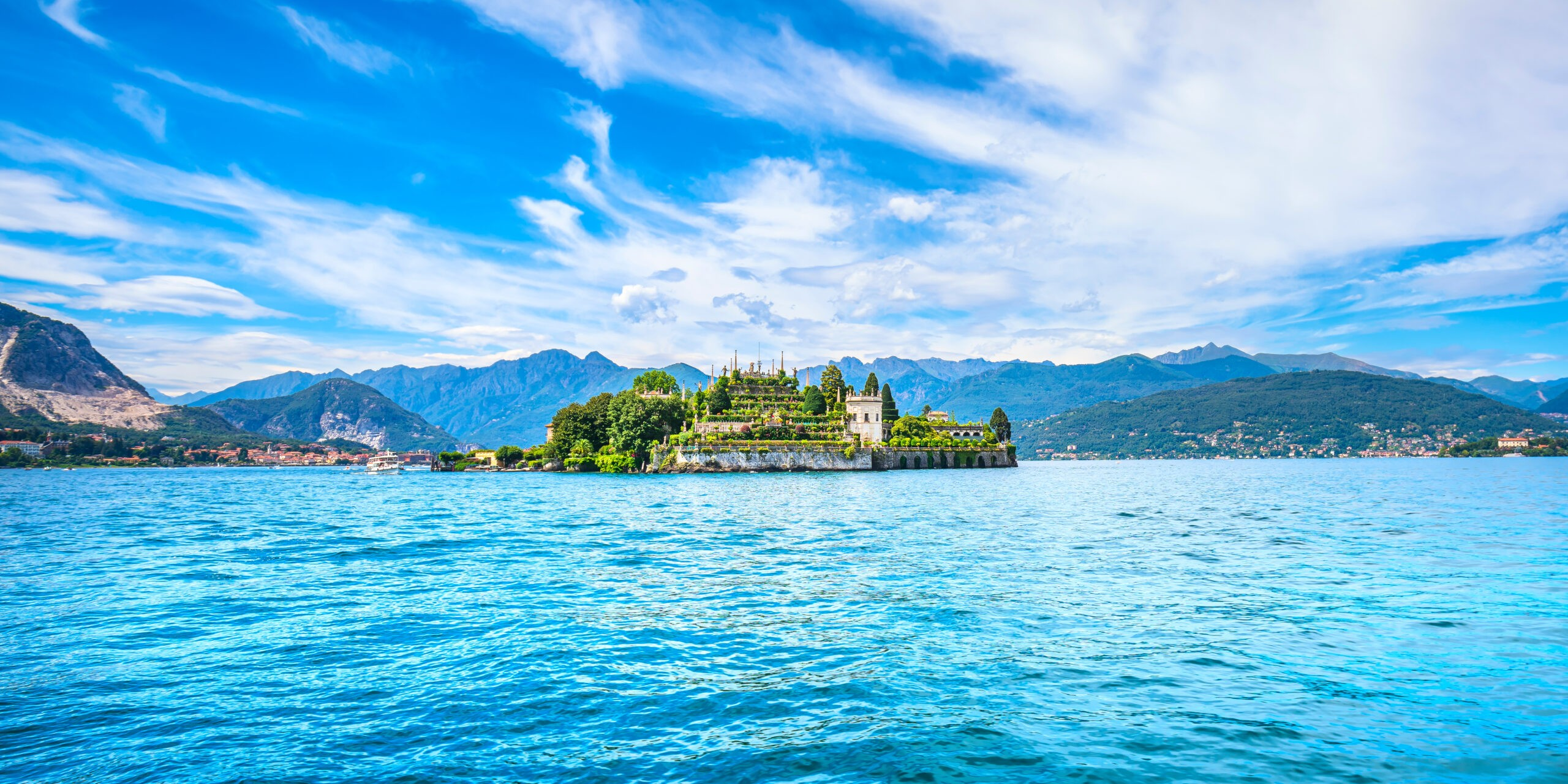 Wyspa Isola Bella na jeziorze Maggiore, Wyspy Borromeańskie, Stresa Piemont Włochy, Europa.