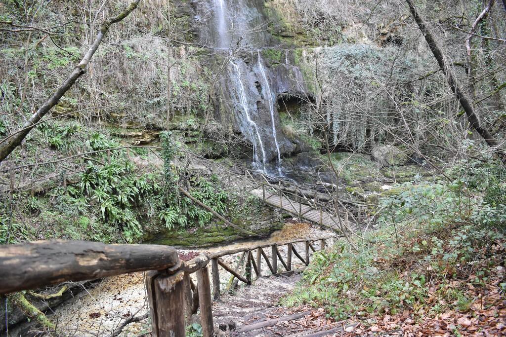 Waterfall, Valle dell'Orfento, Abruzzo